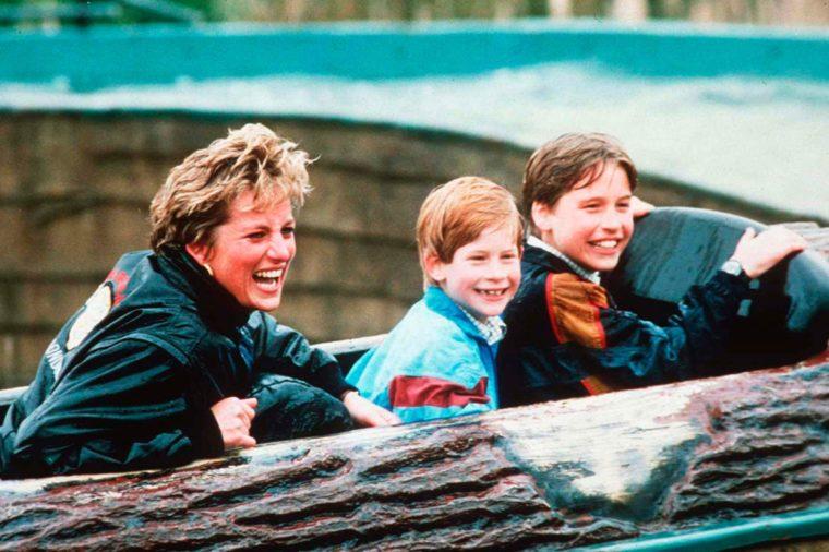 رحلة الأميرة ديانا مع أبنائها