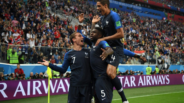 احتفال المنتخب الفرنسى