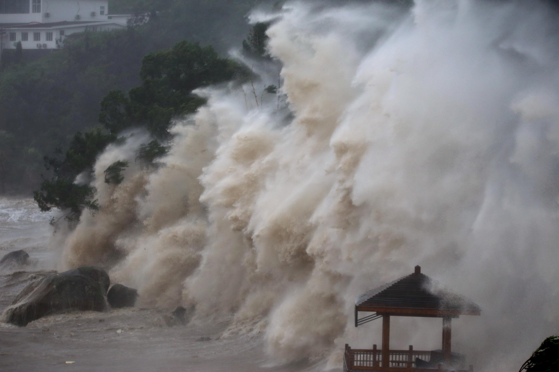 جانب من الإعصار