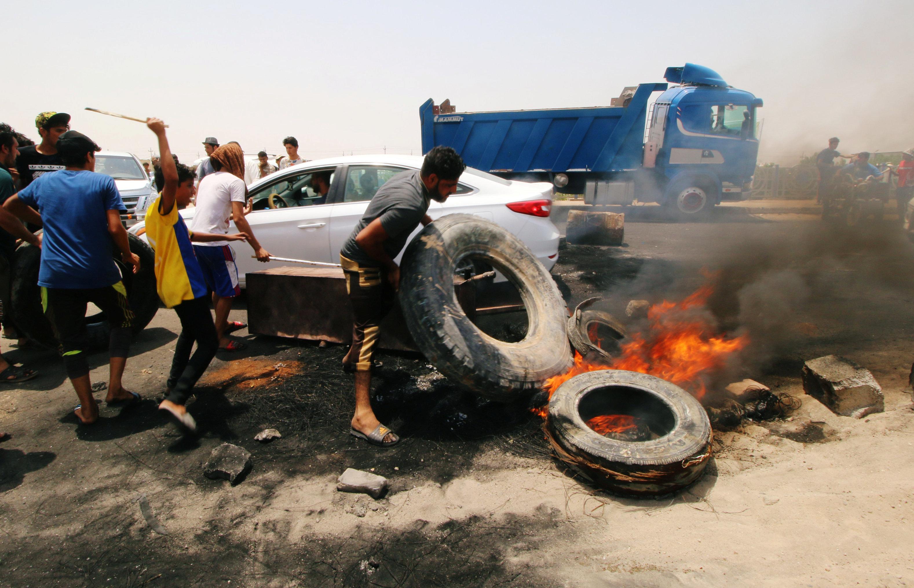 مظاهرات فى العراق للمطالبة بتحسين الخدمات وإيجاد فرص عمل