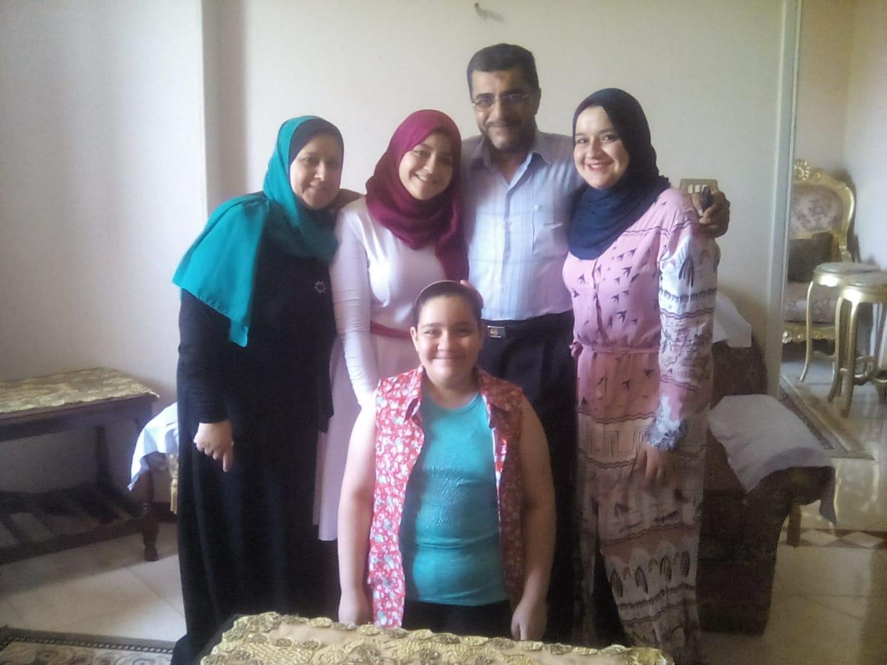 ألاء ايمن ابراهيم عبدالرحمن العاشر مكرر أدبى (1)