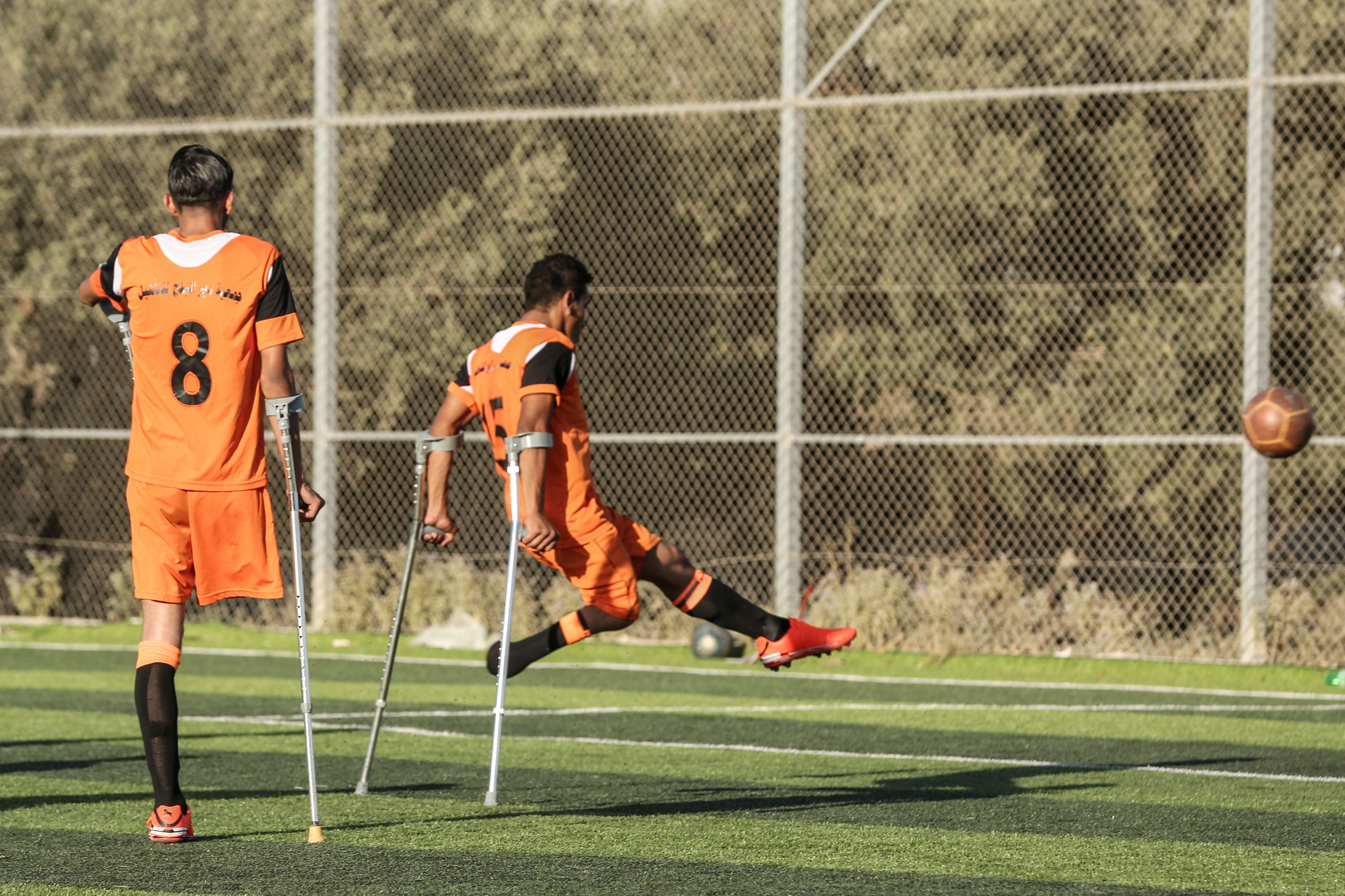 تمرين فريق كرة القدم فى غزة