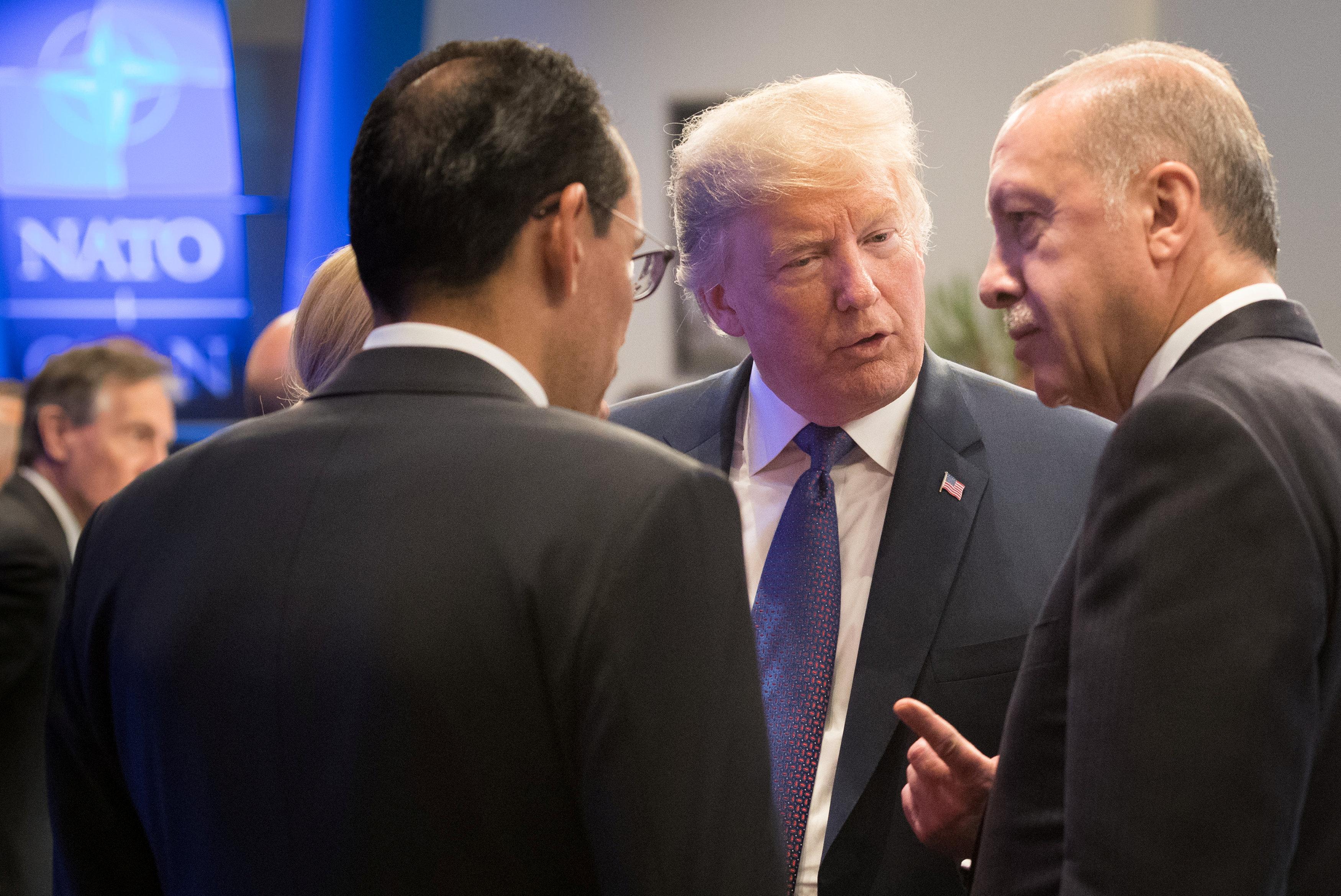 ترامب يتحدث لأردوغان
