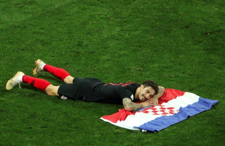 فيرساليكو مدافع كرواتيا