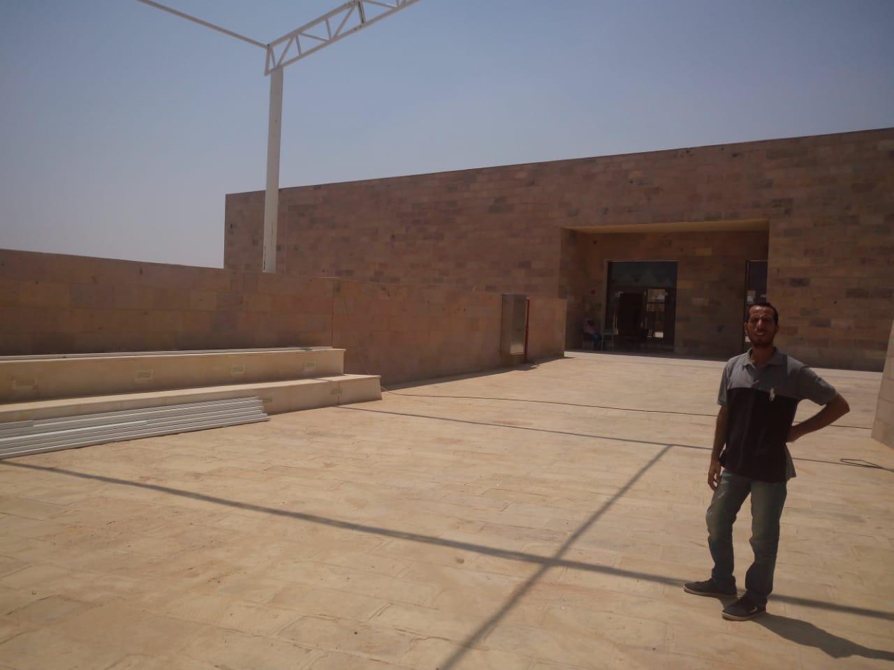 مبنى الزوار بمشروع تطوير هضبة الهرم (3)