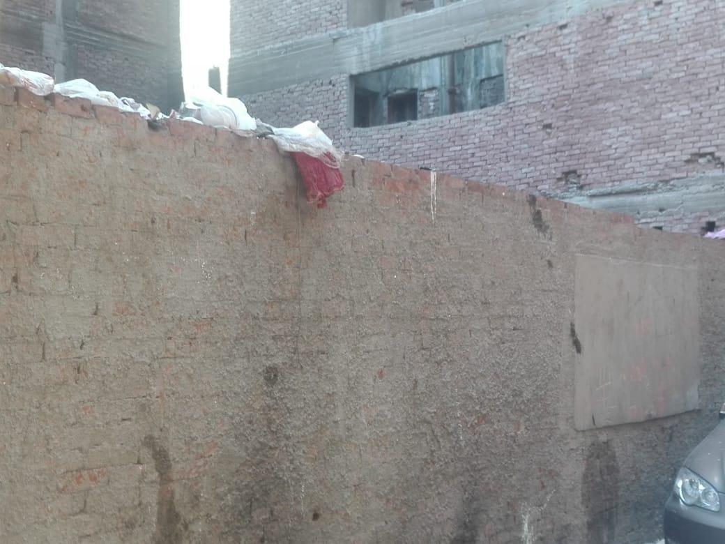 القمامة بشارع الورشة فى الطالبية  (2)