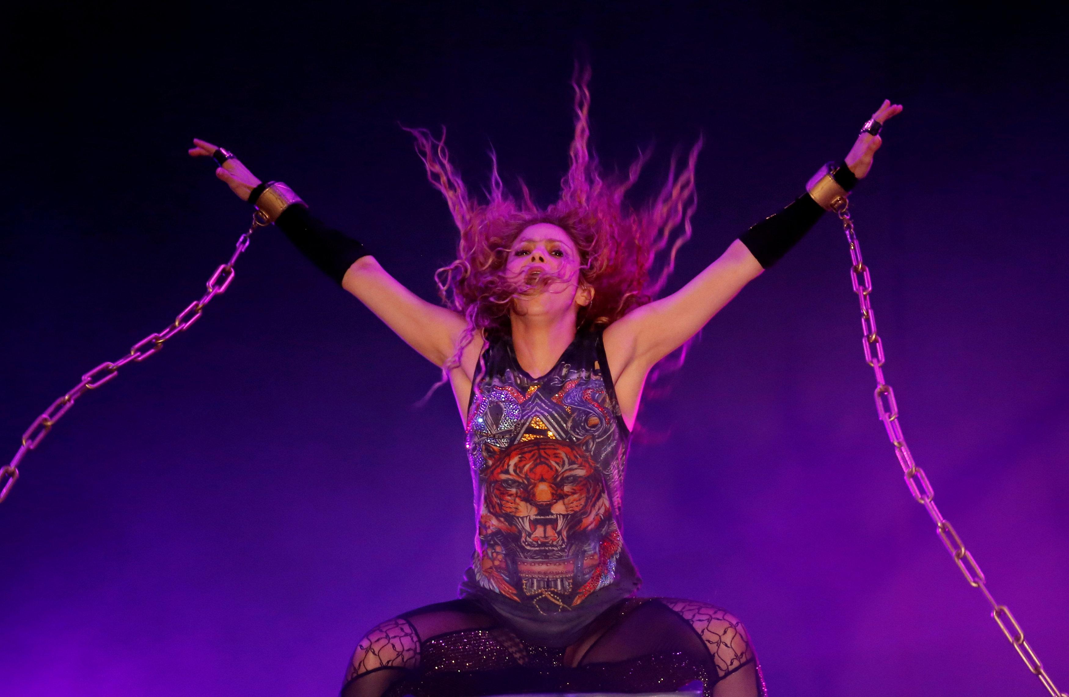 المغنية الكولومبية اللبنانية الأصل شاكيرا
