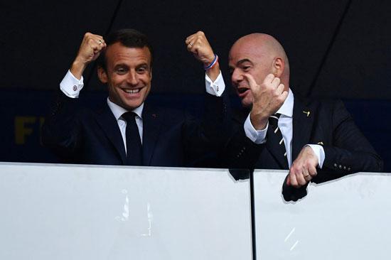 ماكرون يجشع منتخب فرنسا