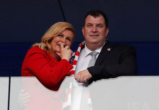 رئيسة كرواتيا فى مدرجات نهائى كأس العالم