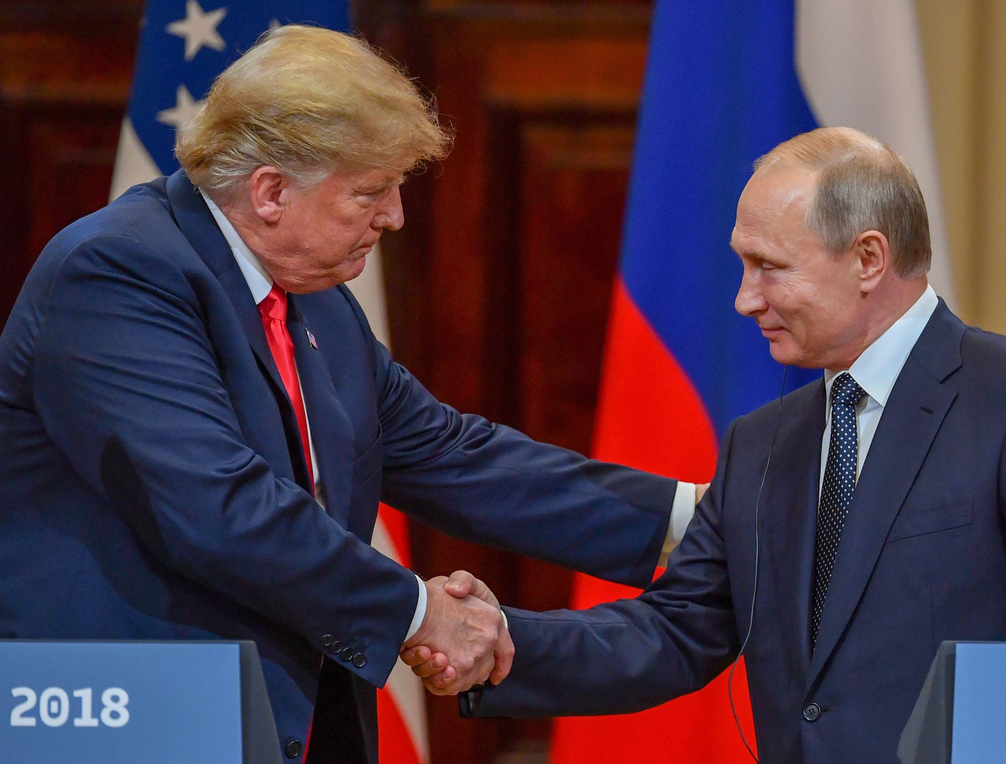 بوتين وترامب (2)