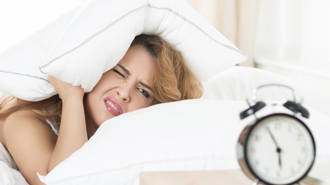 اسباب النوم الكثير