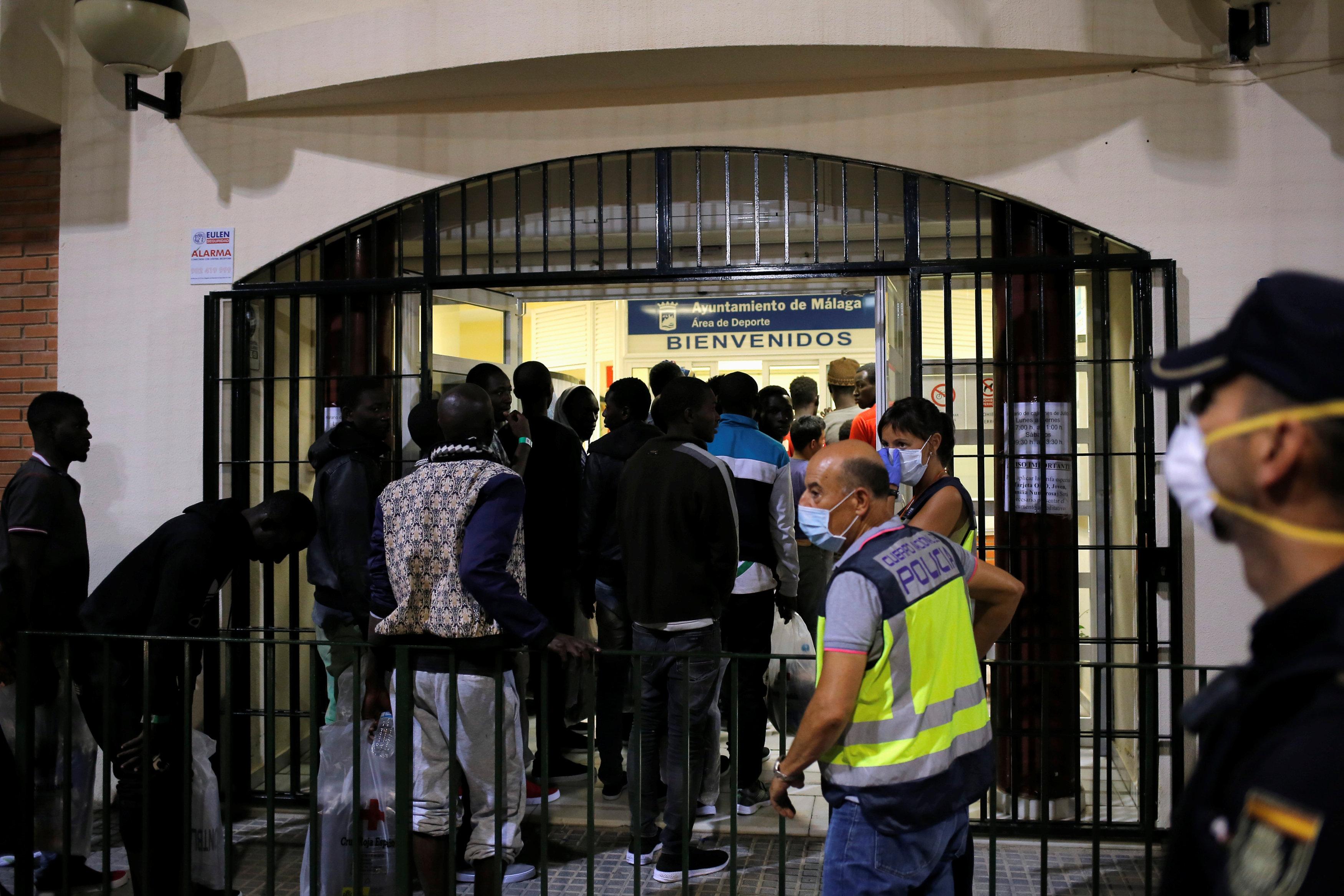 مركز احتجاز فى إسبانيا