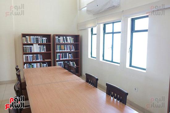 مكتبة المترجم التابعة للمركز القومى للترجمة (3)