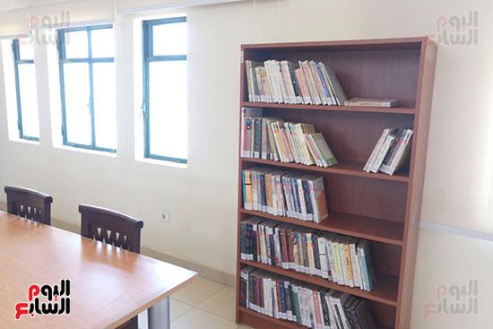 مكتبة المترجم التابعة للمركز القومى للترجمة (5)
