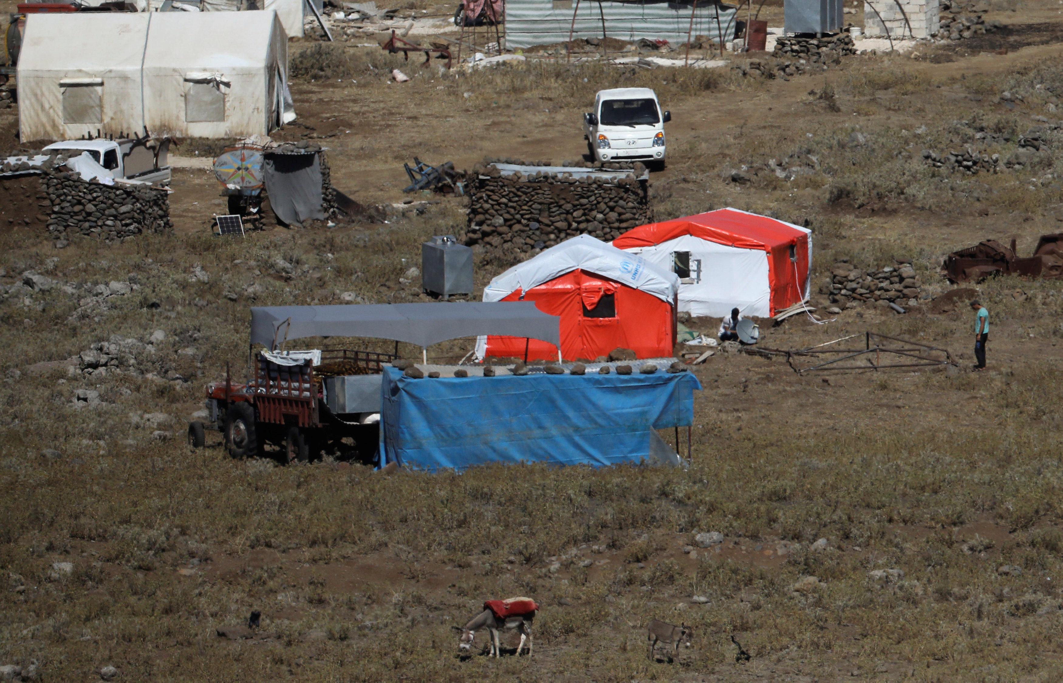 خيم اللاجئين السوريين