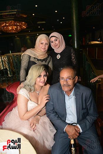 صور زفاف توفيق عكاشة و حياة الدرديرى  (15)