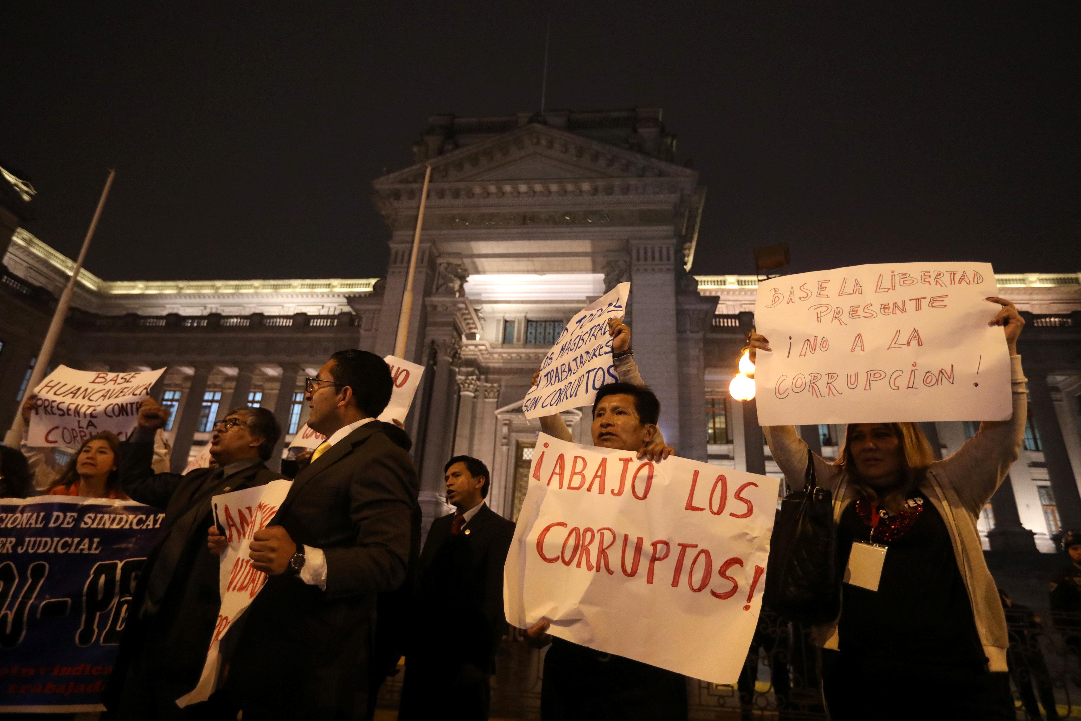جانب من الاحتجاجات فى بيرو