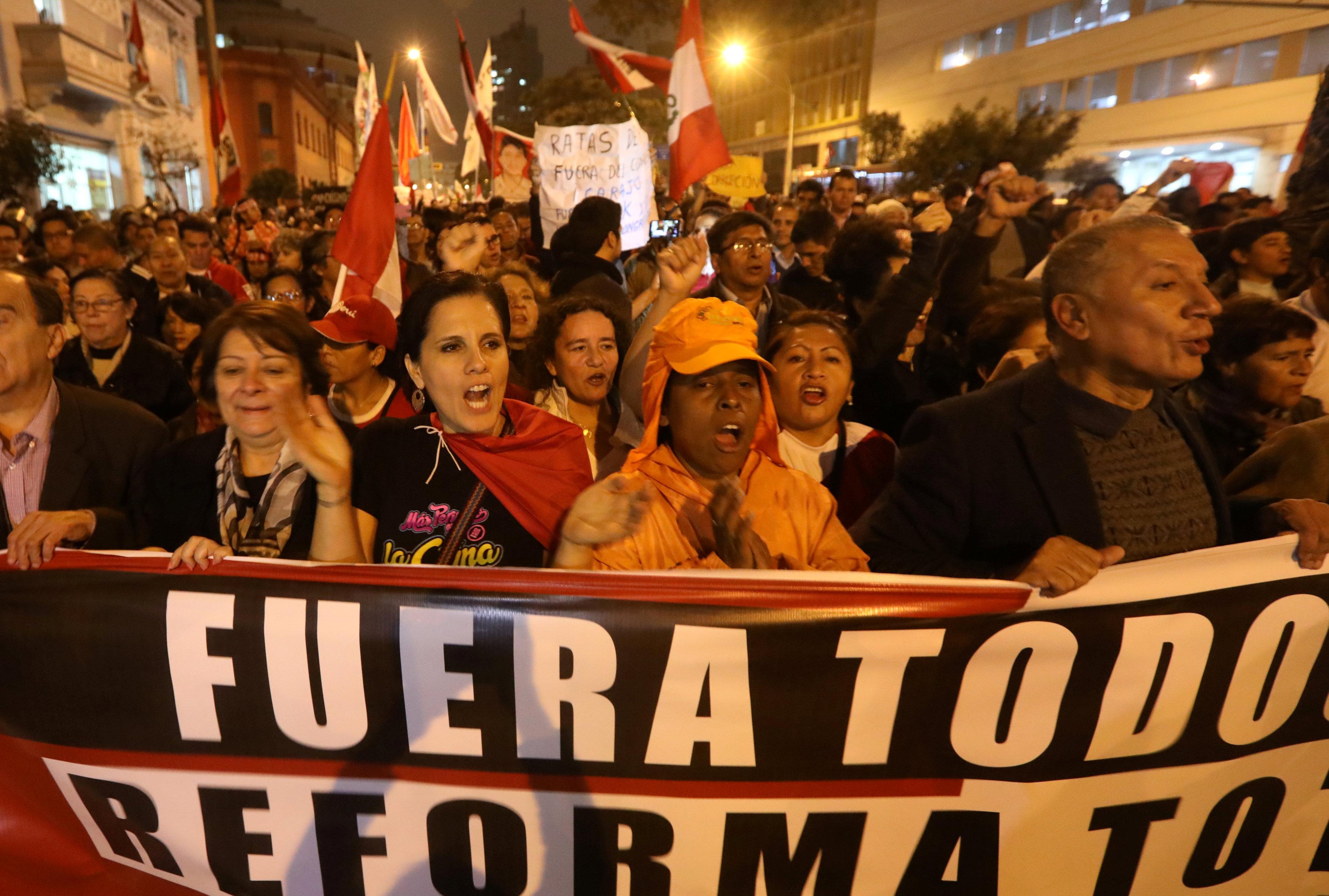 مظاهرات البيرو