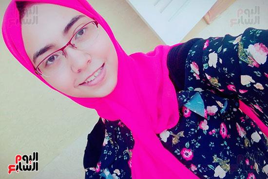 الطالبة-منال-عبدالشكور