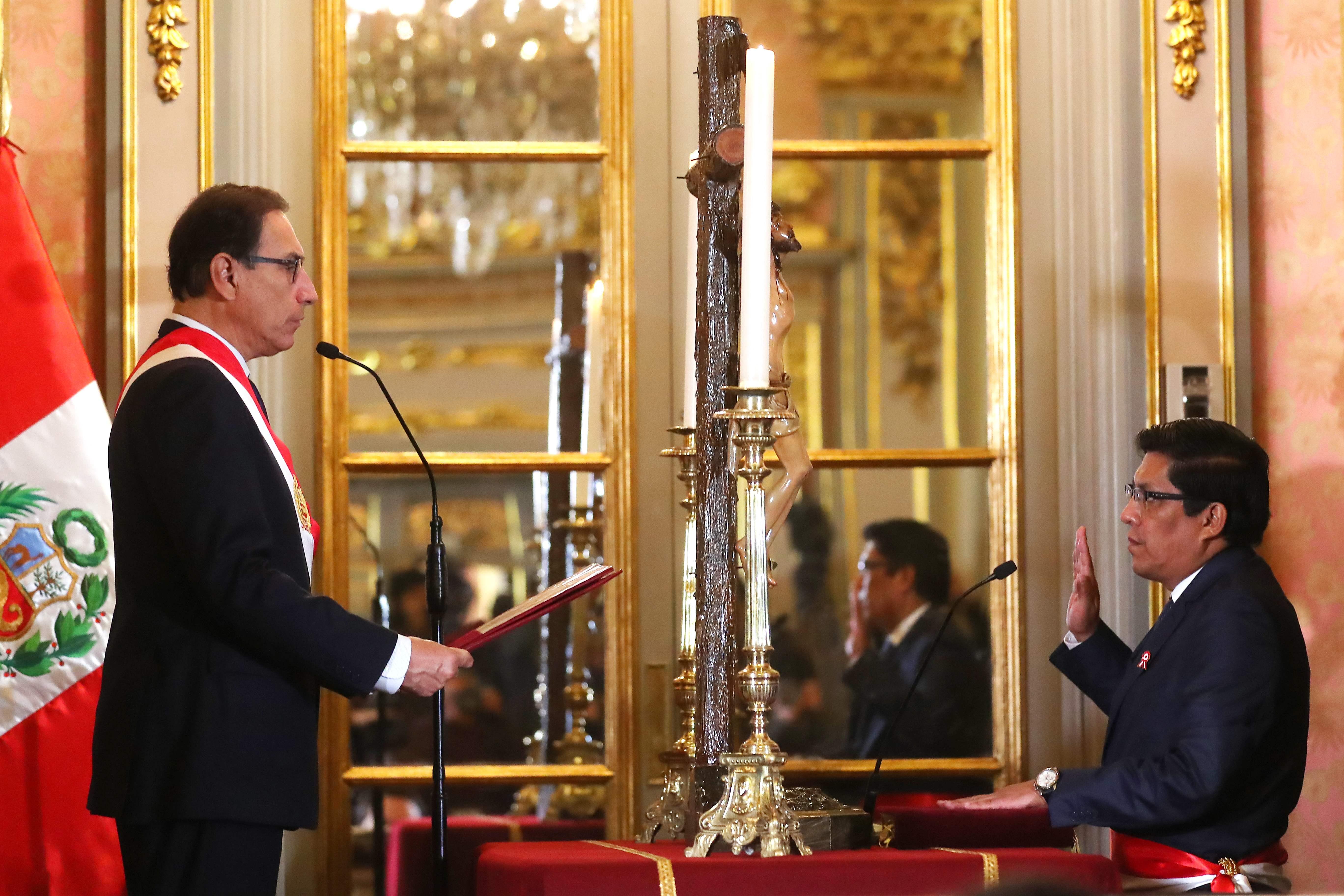 وزير العدل فى بيرو يؤدي اليمين