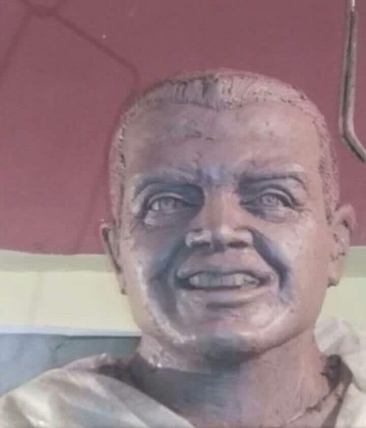 تمثال الشهيد أحمد منسى (1)