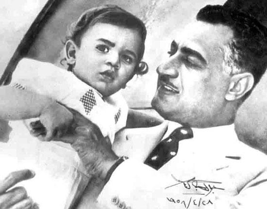 صور نادرة للزعيم جمال عبد الناصر مع عائلته اليوم السابع