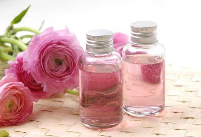 ماء-الورد-للعناية-بالبشرة