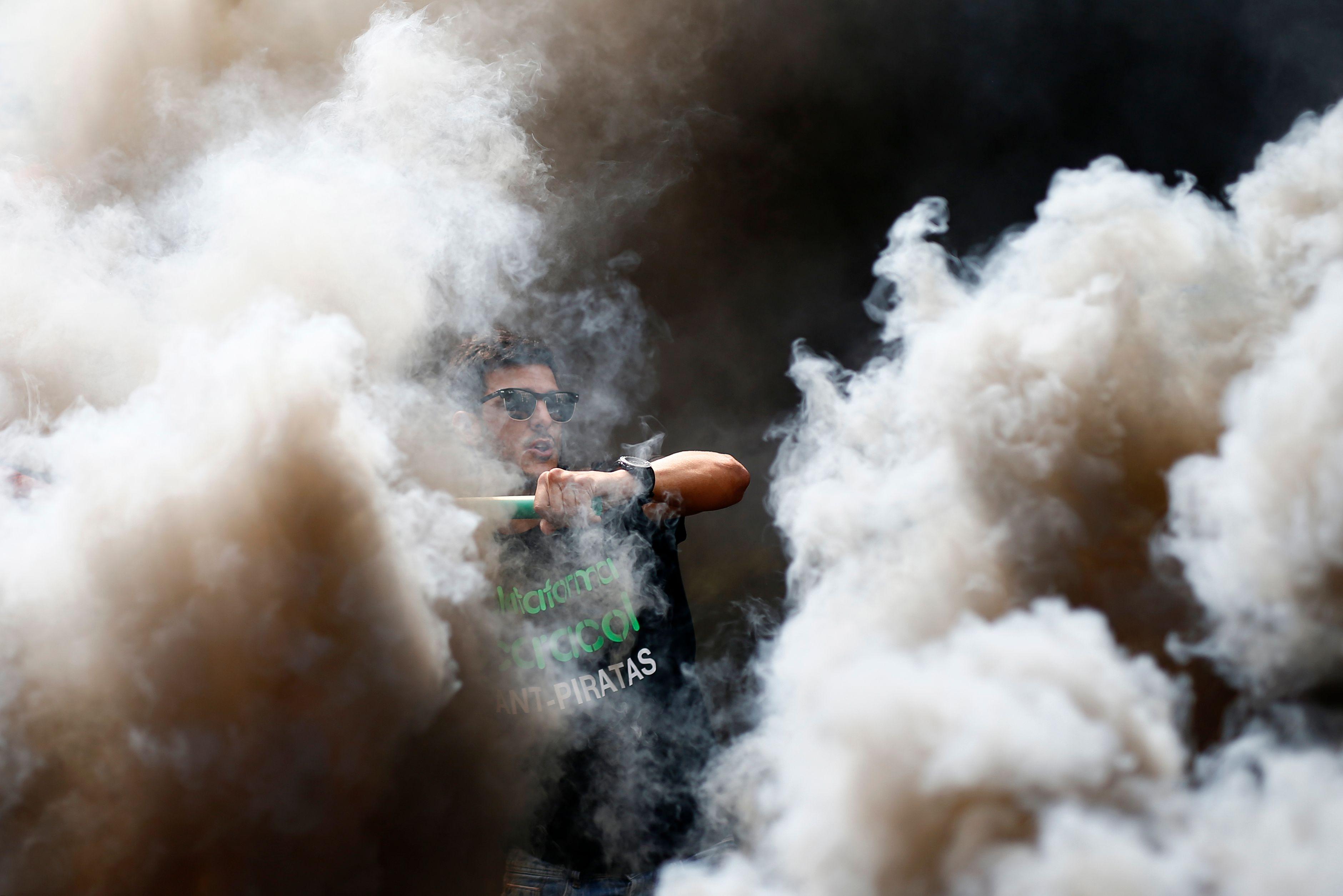 أحد المحتجين