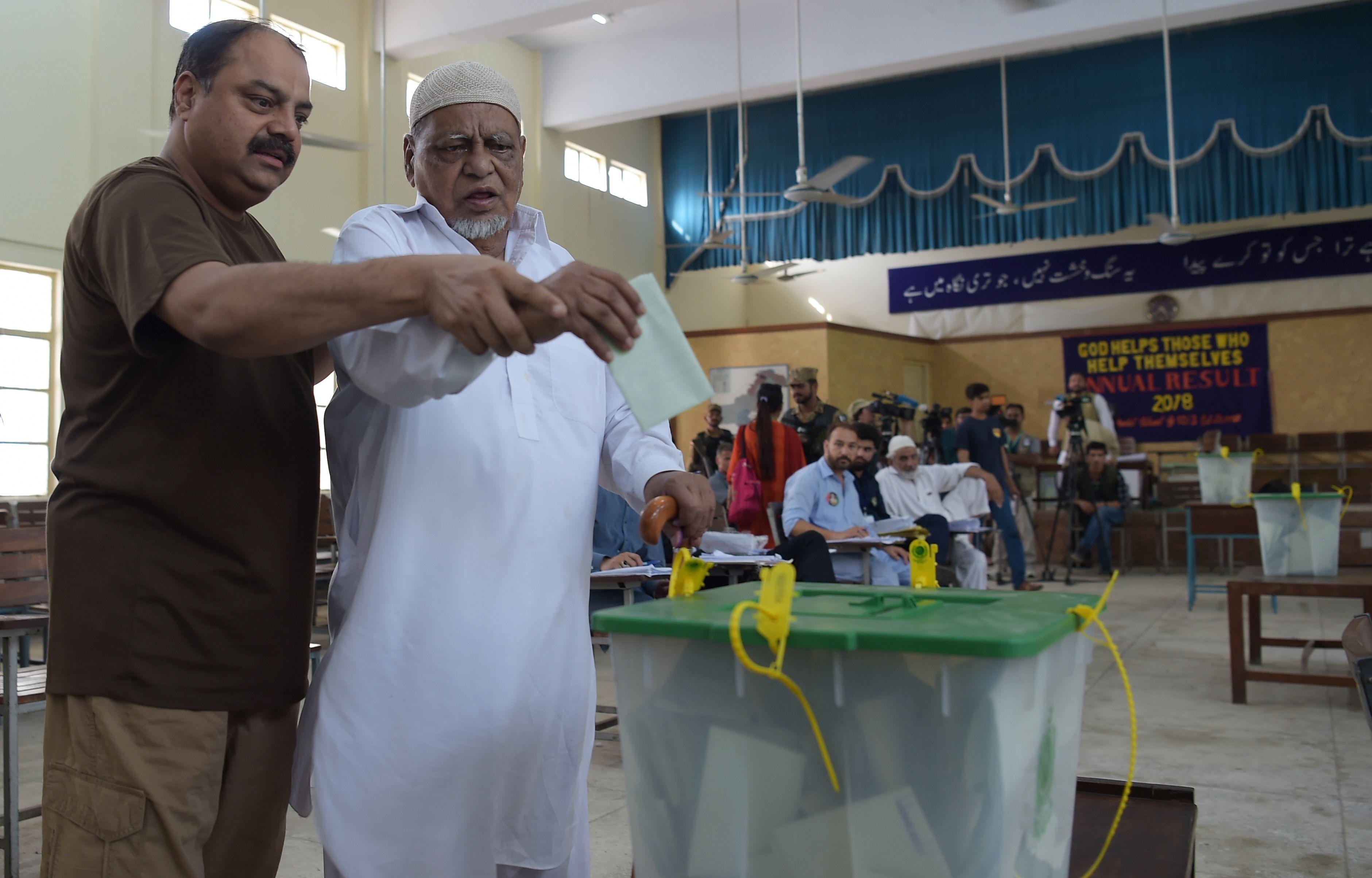 انتخابات برلمانية فى باكستان