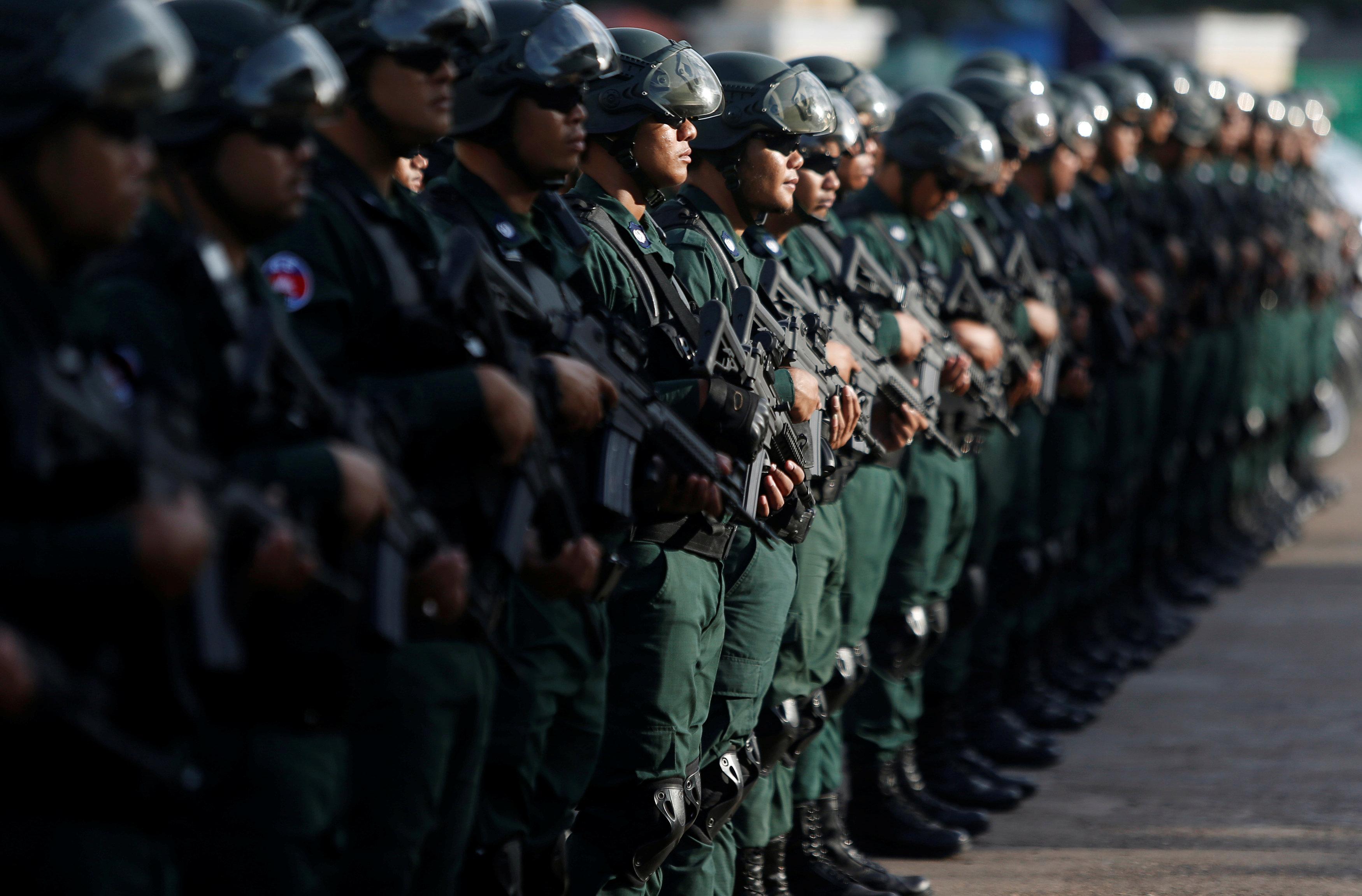 قوات الجيش فى كمبوديا