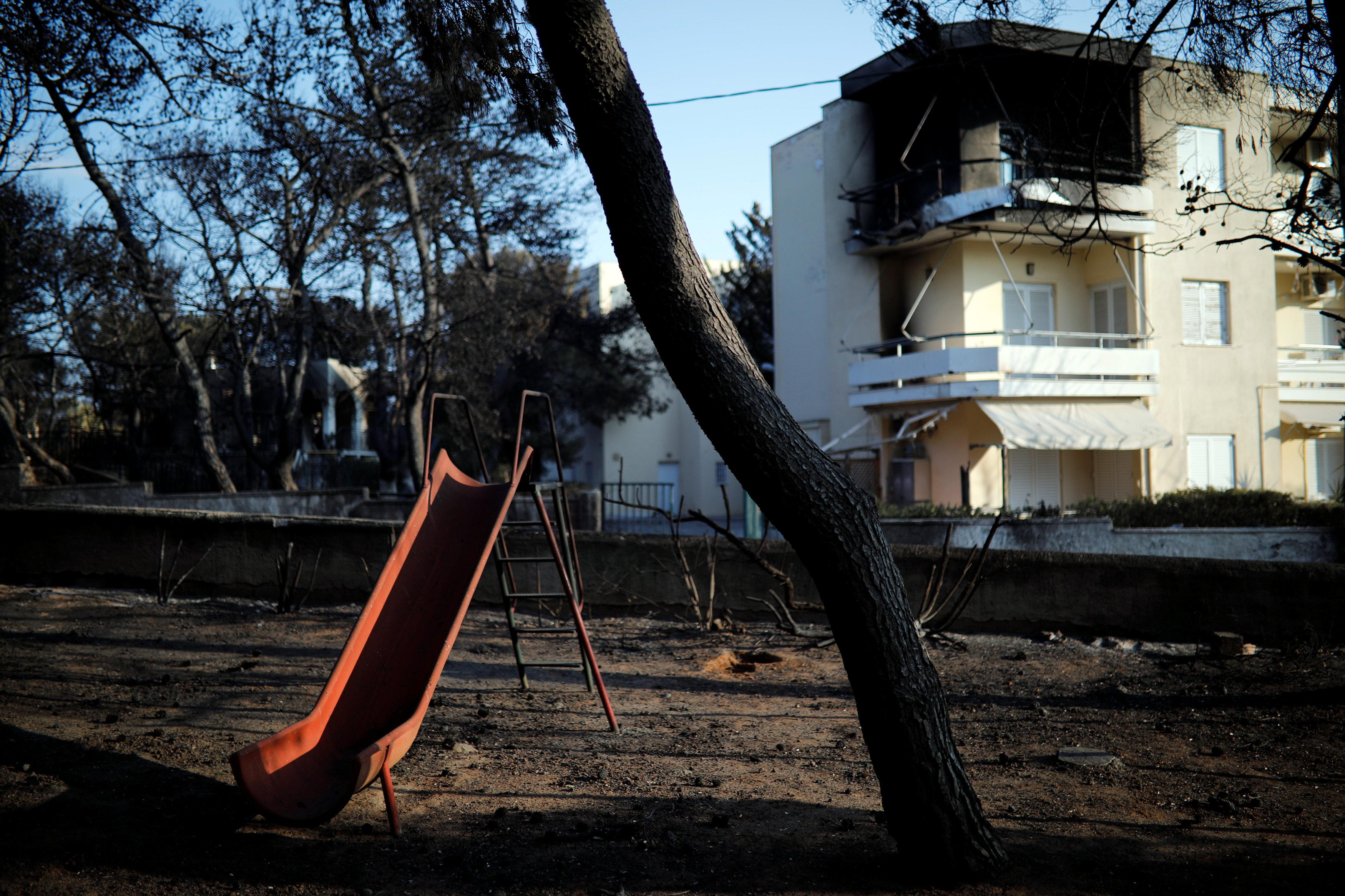 منزل محترق