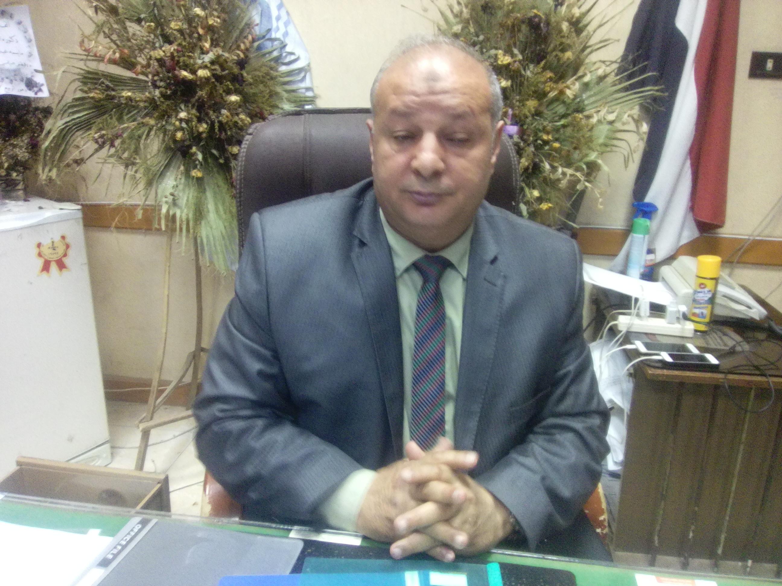 الدكتور لطفي عبدالسميع مدير مستشفى كفر الشيخ العام