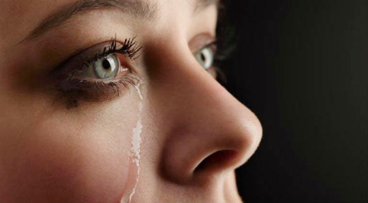 8 أشياء تجعلك تبكى بدون سبب منها نقص فيتامين ب 12 اليوم السابع