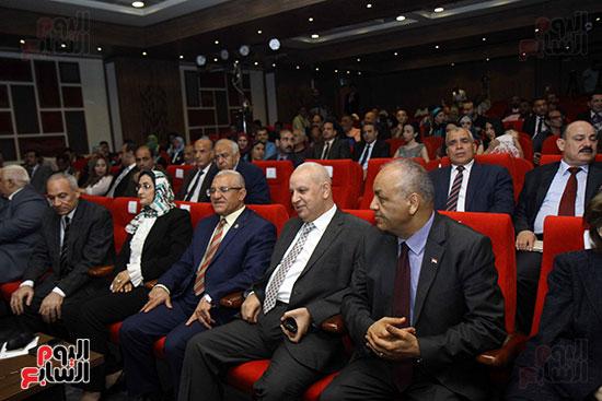 صور مؤتمر مواجهة الإرهاب بين الفكر والقانون (1)