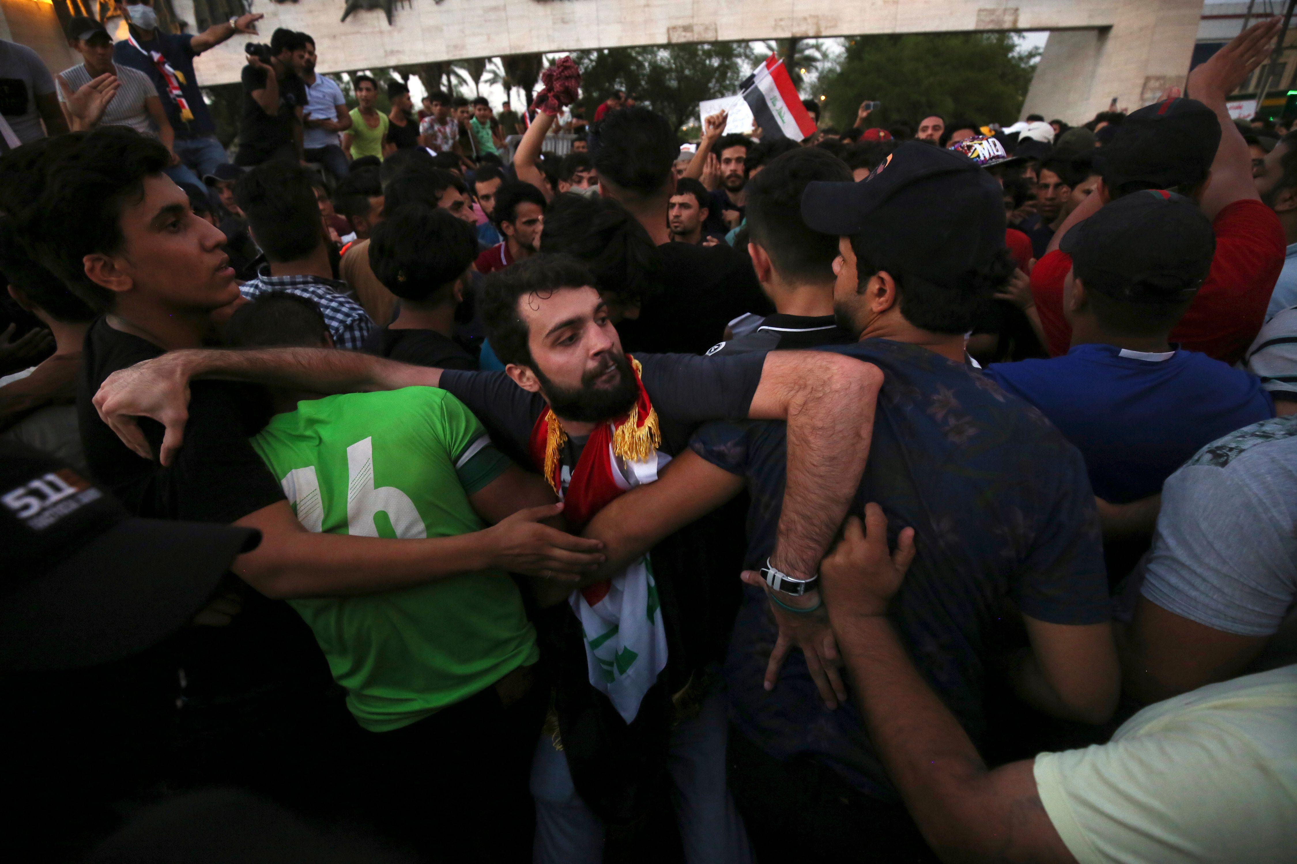 جانب من مظاهرات العراقيين