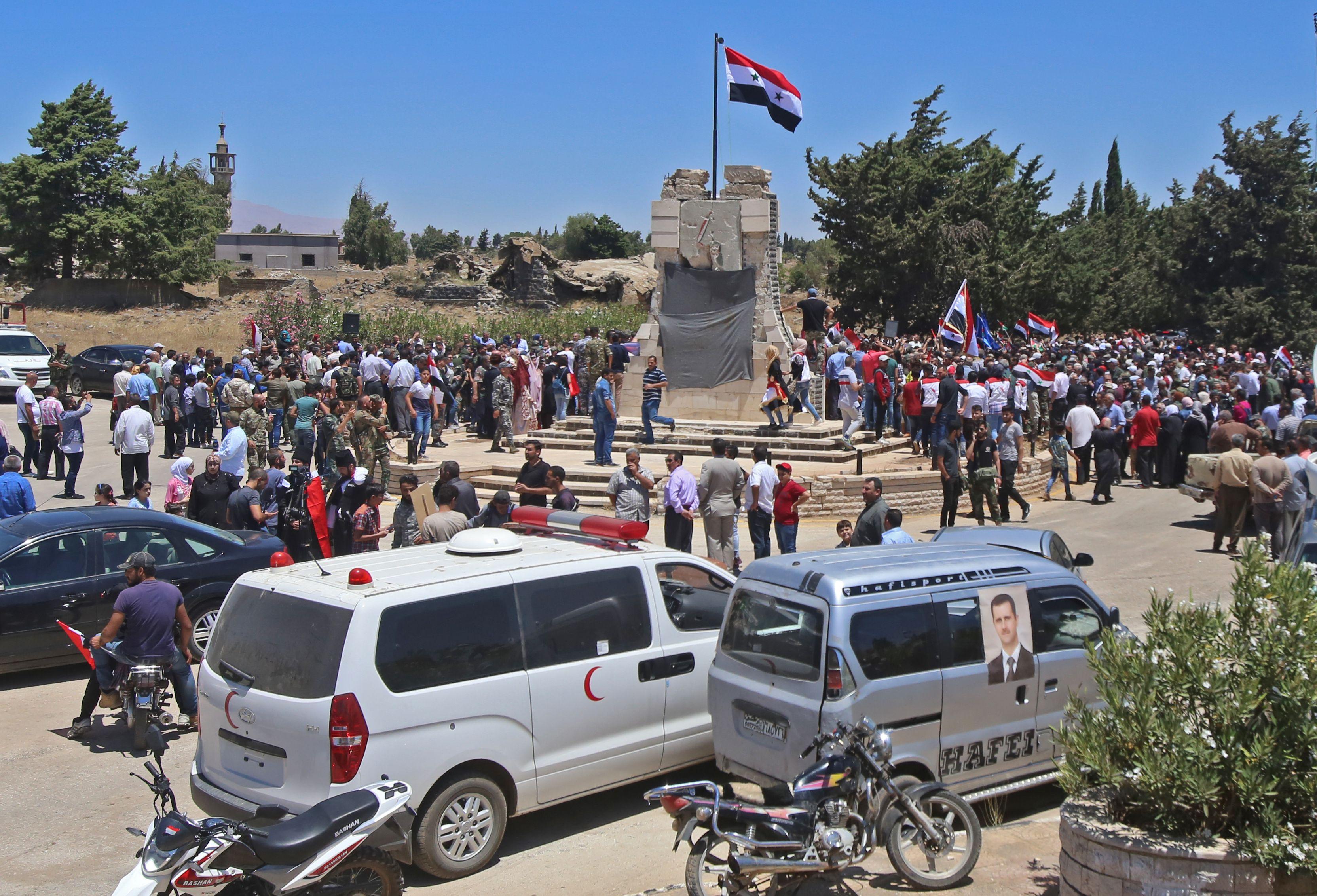 جانب من احتفالات السوريين