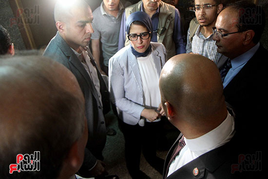 هالة زايد وزيرة الصحة تصل معهد الرمد لمتابعة مبادرة القضاء على قوائم الانتظار (15)