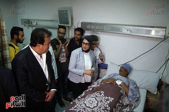 هالة زايد وزيرة الصحة تصل معهد الرمد لمتابعة مبادرة القضاء على قوائم الانتظار (29)