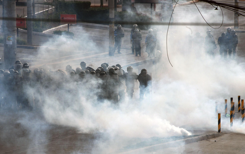 الغاز المسيل للدموع بمحيط الشرطة