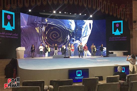 اللمسات النهائية بجامعة القاهرة لاستضافة المؤتمر السادس للشباب (4)