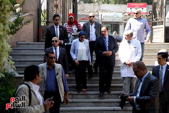 هالة زايد وزيرة الصحة تصل معهد الرمد لمتابعة مبادرة القضاء على قوائم الانتظار (2)