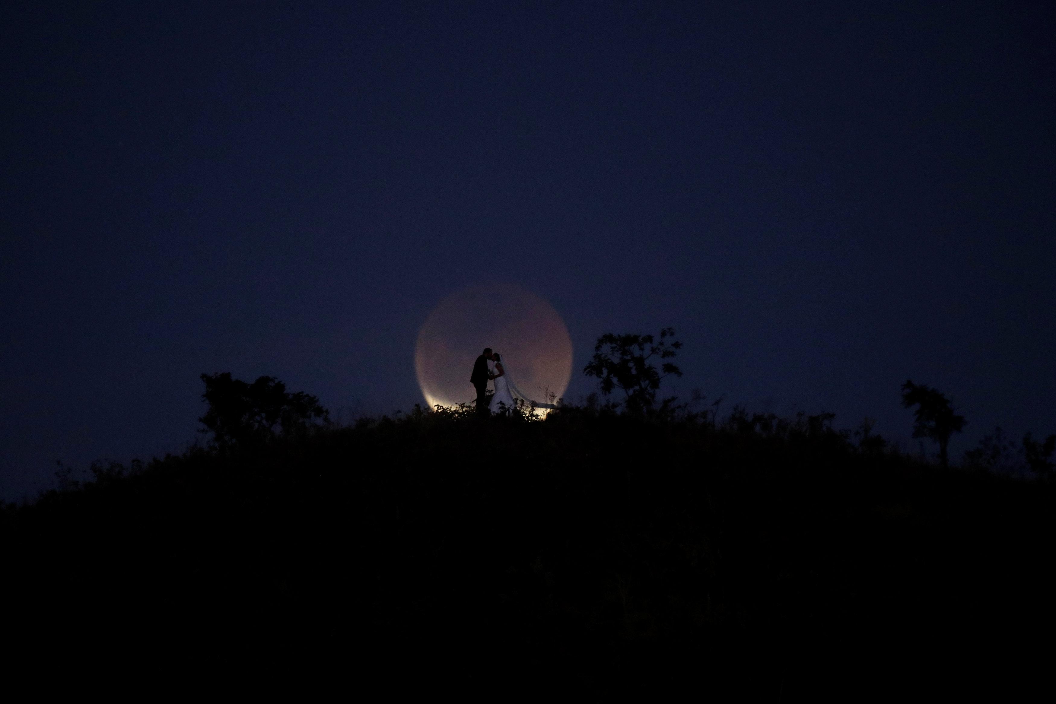 خسوف القمر فى ريو دي جانيرو