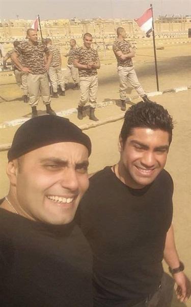 عمرو وصديقه