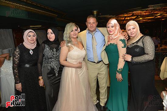 صور زفاف توفيق عكاشة و حياة الدرديرى  (2)
