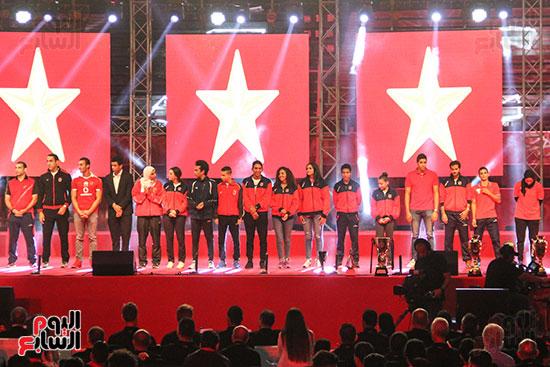 صور حفل تكريم الفرق الرياضية بالاهلى (4)