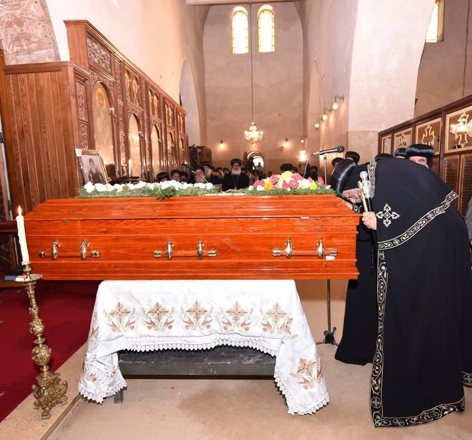 جانب من صلاة الجنازة (1)