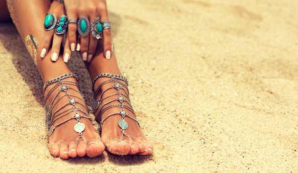 اكسسوارات كالحذاء