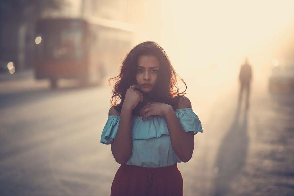 الفنانة اسماء ابو اليزيد