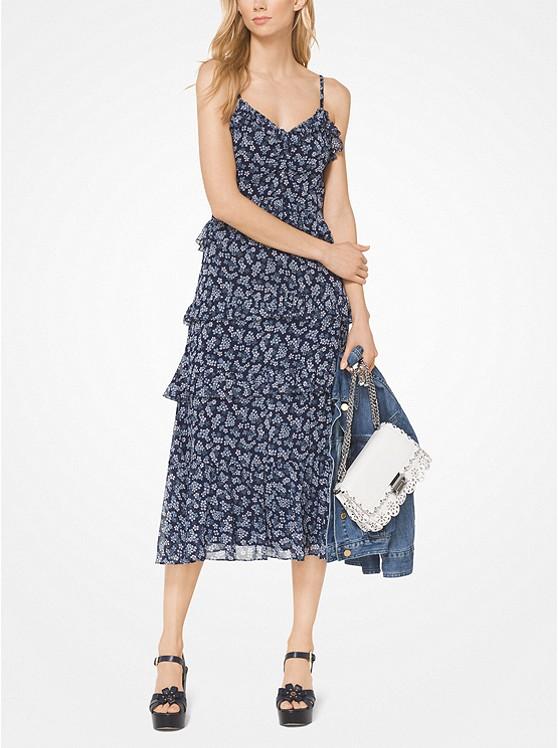 الفستان الشيفون المنقوش