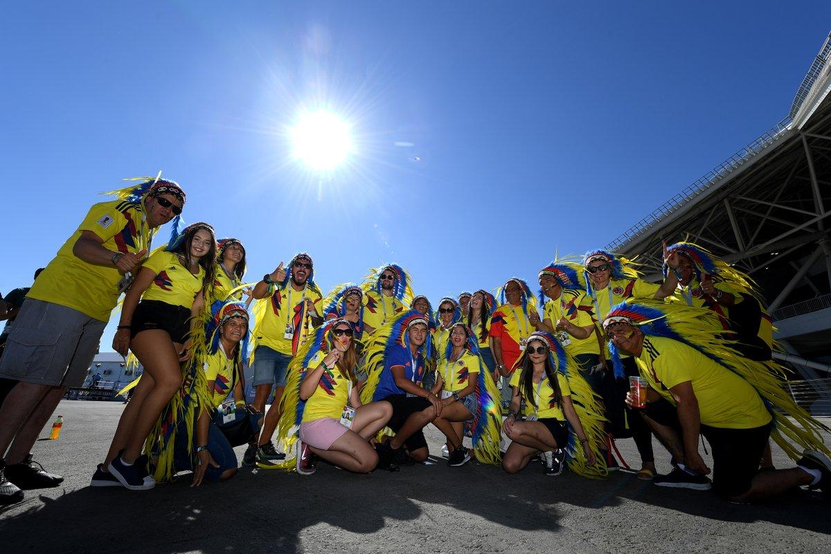 الجماهير الكولومبية تستقبل اللاعبين (2)